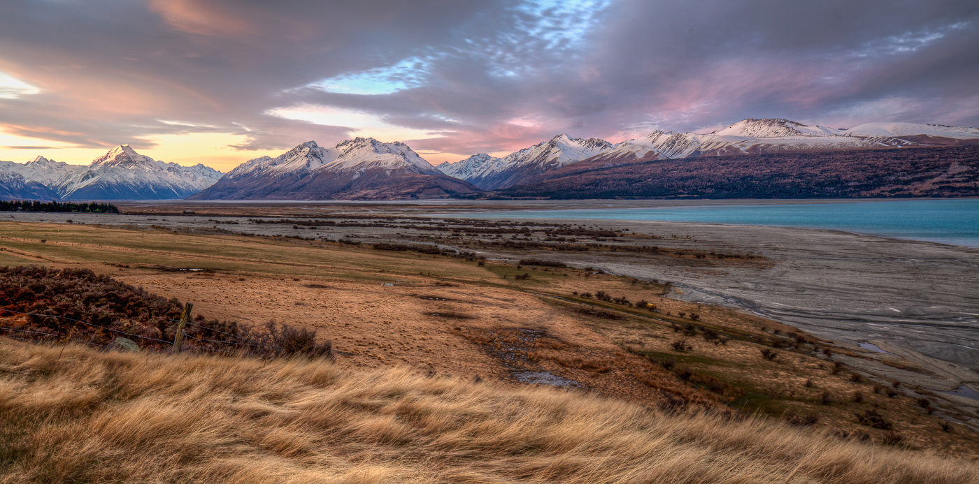 Mt Cook and Lake </br>by Robert Zappia </br>(A Grade) – HONOUR